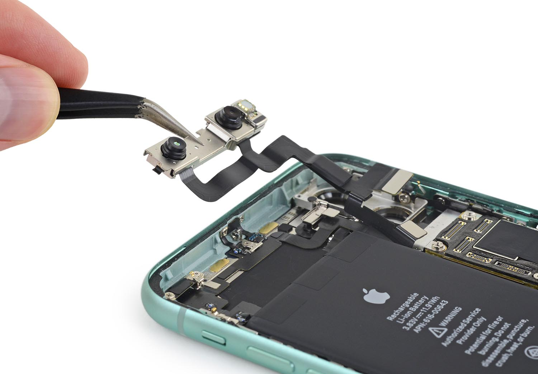 reparar placa base iPhone 11 Pro max